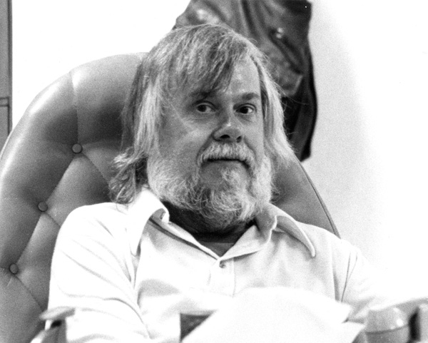Portrait of John Baldessari. Courtesy of the California Institute of the Arts Archive.