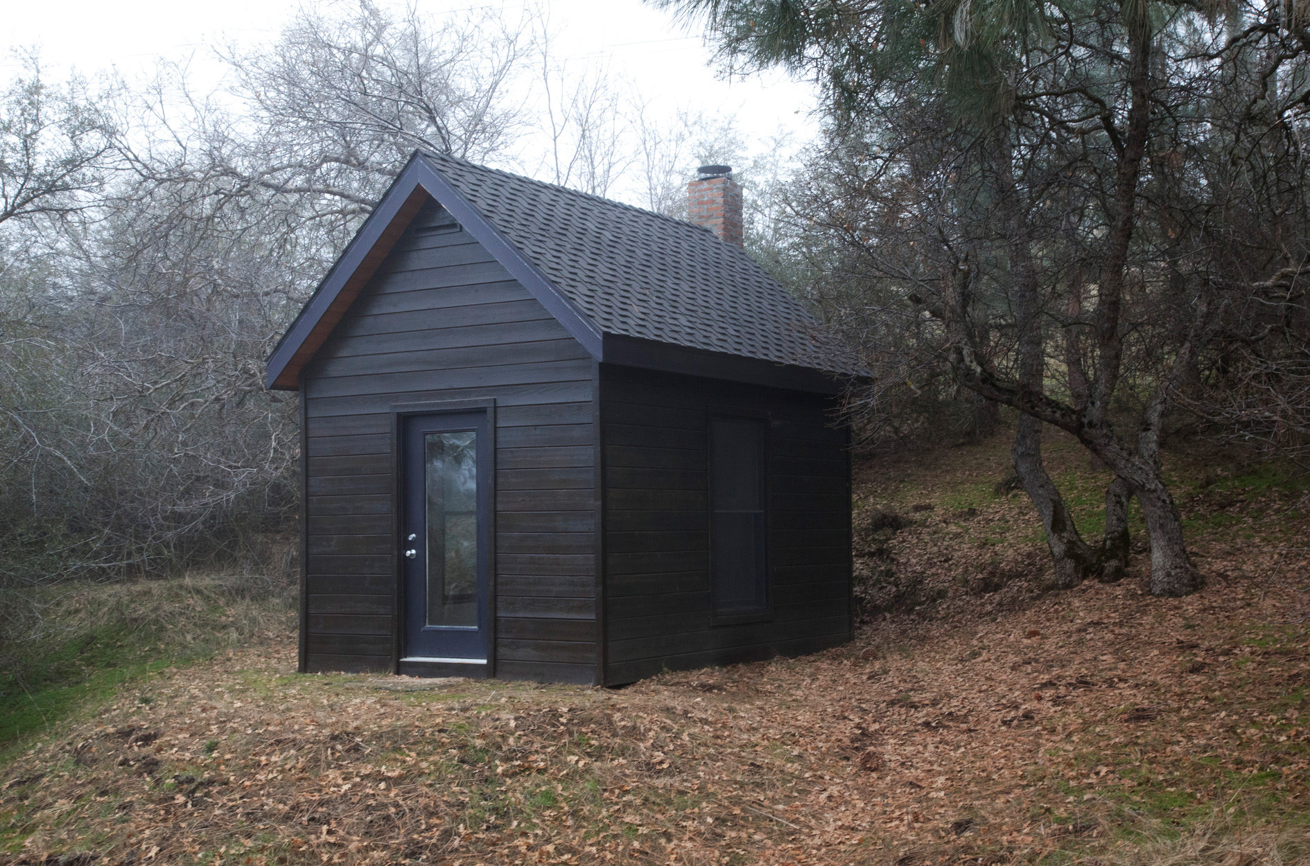 James Benning, <em>Henry David Thoreau Cabin</em> (exterior), 2007-08. 14' 4 in x 10' 4 in x 14'. All images courtesy of the artist unless otherwise noted.