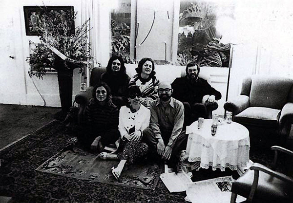Rosamund Felsen (left) at <em>Al's Grand Hotel</em> with Allen Ruppersberg, Elyse and Stanley Grinstein, Sidney Felsen and unidentified woman, 1971. Courtesy of Allen Ruppersberg and Margo Leavin Gallery.