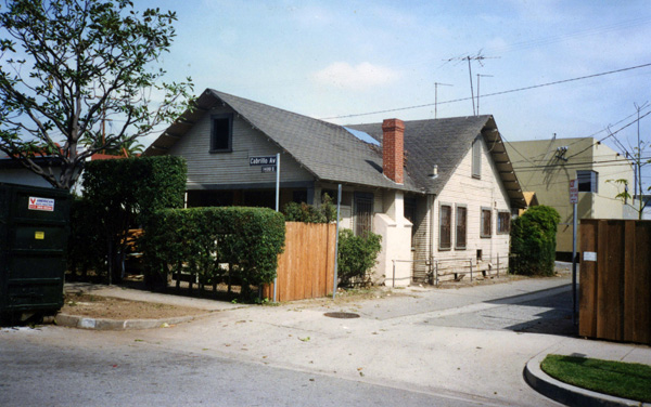 Alexander's former residence at 1439 Cabrillo Avenue, Venice, California, photographed in 1996. Courtesy of Anthony Pearson.