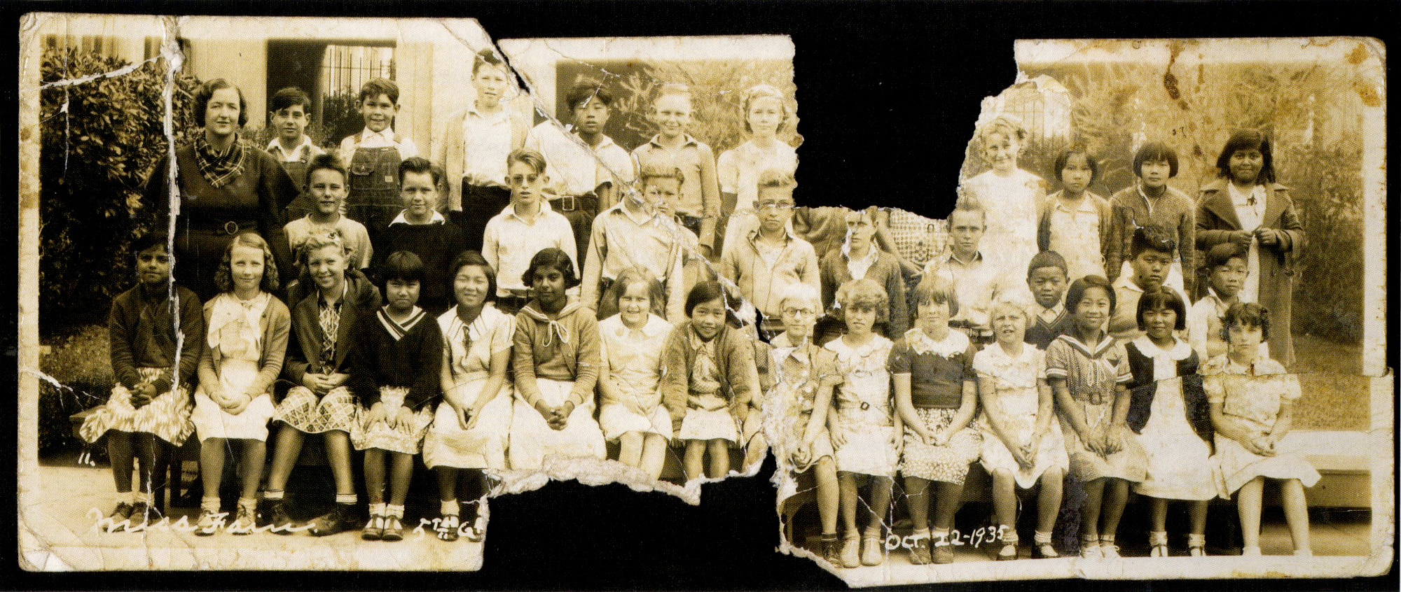 Ruth (front row, center) in Ms. Fain's class, 1935