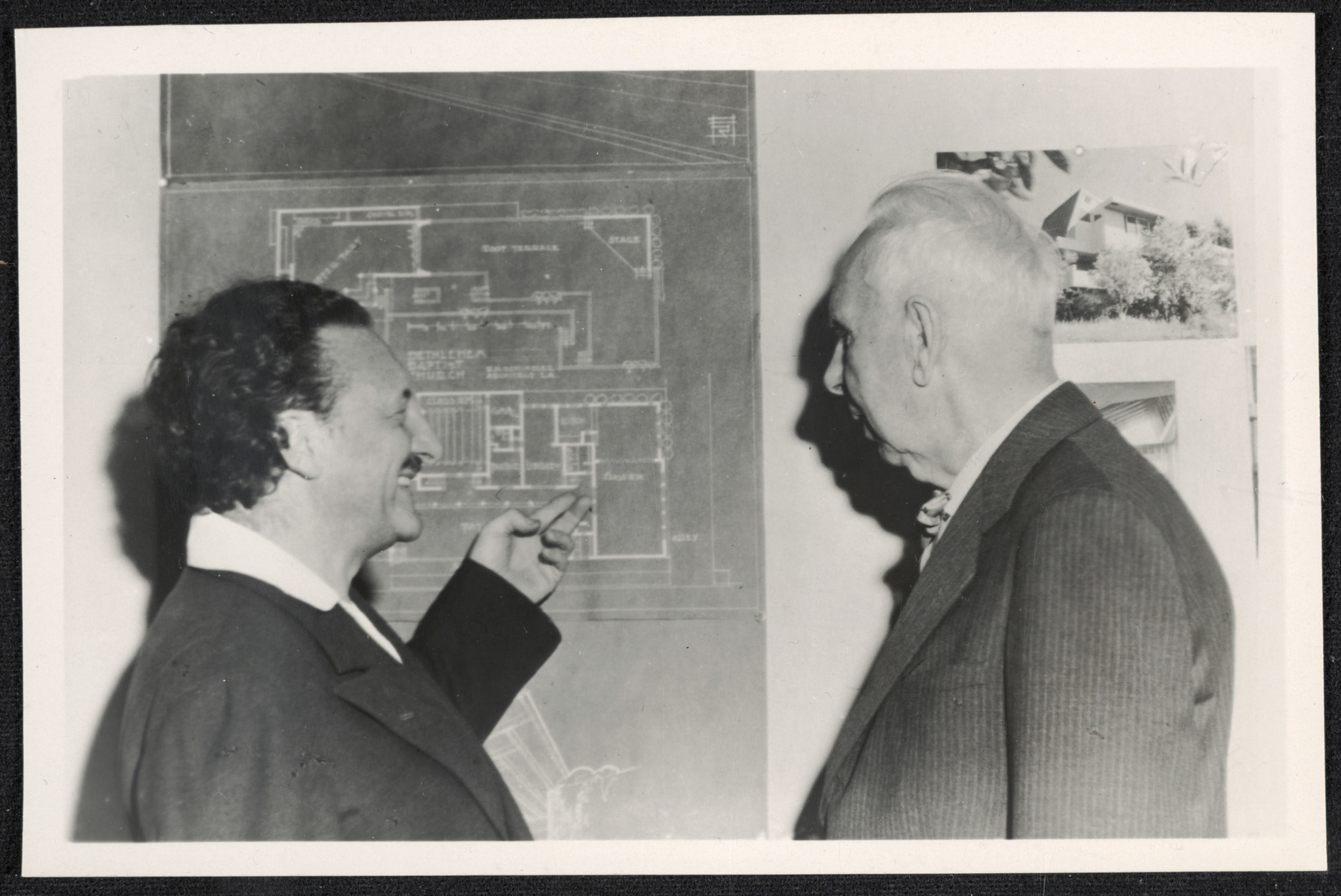 R. M. Schindler and Theodore Dreiser looking at a blueprint of the Bethlehem Baptist Church, 1945, photo by Berkeley Greene Tobey. Esther McCoy Papers, Archives of American Art, Smithsonian Institution.