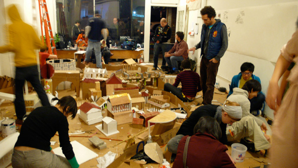 Liz Glynn, <em>The 24 Hour Roman Reconstruction Project, or, Building Rome in a Day</em>, 2008. Participatory performance at Machine Project. Courtesy the artist.