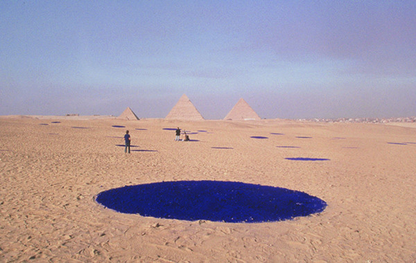 Lita Albuquerque, <i>Sol Star</i>, 1996, Giza Plateau for the 6th Cairo International Biennale, Cairo, Egypt, courtesy of the artist and Kohn Gallery