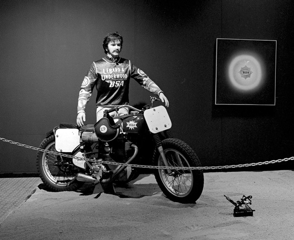 Installation photo of Billy Al Bengston's exhibition at LACMA, 1968. Photo © Museum Associates/LACMA.